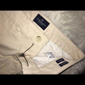 "American Eagle Outfitters Shorts - American eagle size 00 ""shortie"" khaki shorts"
