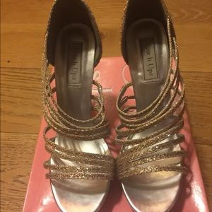 Womens Silver and gold High heel  shoes size 8.5M