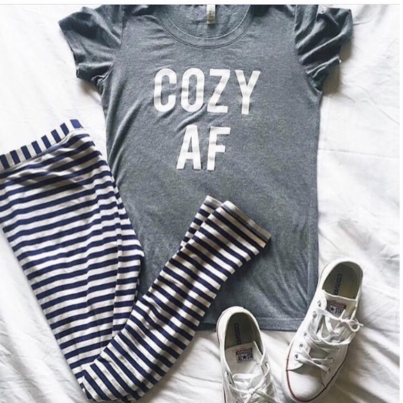 The Daily Tay Tops - COZY AF Relaxed Heather Grey Tee