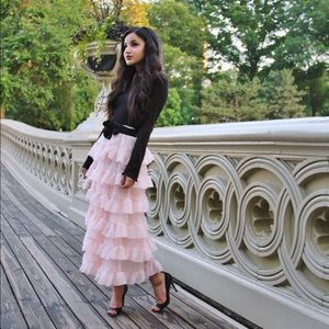 {h&m} 🌿 blush pink ruffled midi skirt