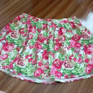 NWT🌸Forever21 Floral Skater skirt