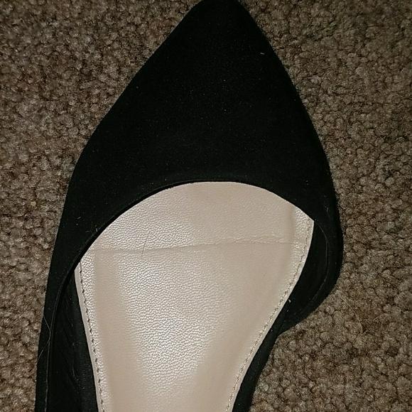 Forever 21 Shoes - ❤*Forever 21 Black Flats!*❤