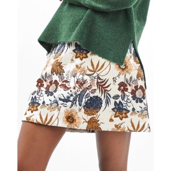 84360aea1d Topshop Pressed Flower A-Line Skirt. M_5963b13b3c6f9f9b6300b40d