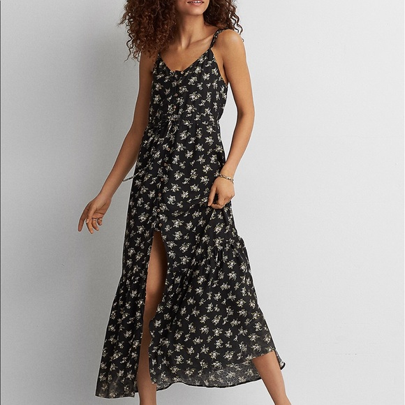 31162332f961 American Eagle Outfitters Dresses & Skirts - AEO Ruffle Tie-Back Maxi Dress  Large *