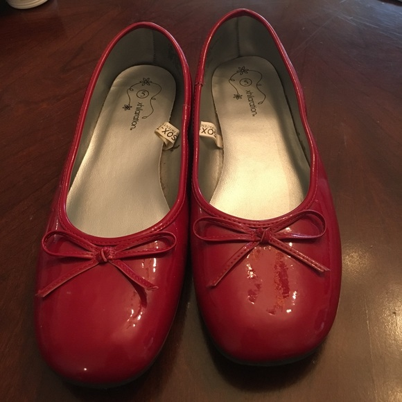Xhilaration Shoes   Girls Red Patent