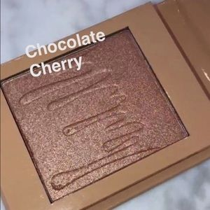 BNWB Kylie Cosmetics Kylighter in Chocolate Cherry