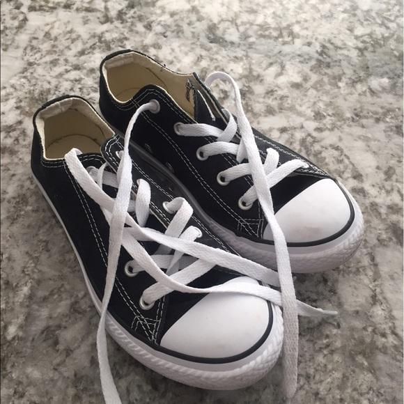 b81d740d24d8 Converse Other - Original converse size 2.5 boys