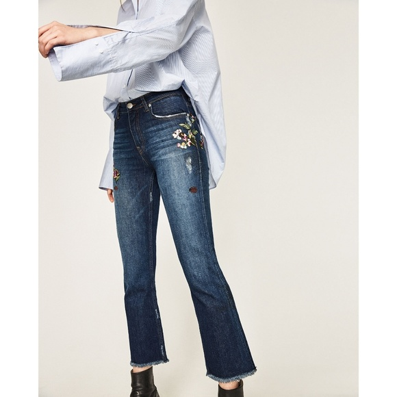 Zara nwt floral flower embroidered cropped jean