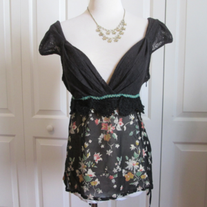 Adorable Boho Summer Top by FREE PEOPLE, sz 6, EUC