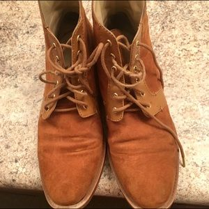 🎉sale🎉Zara Tan Suede Ankle Boots