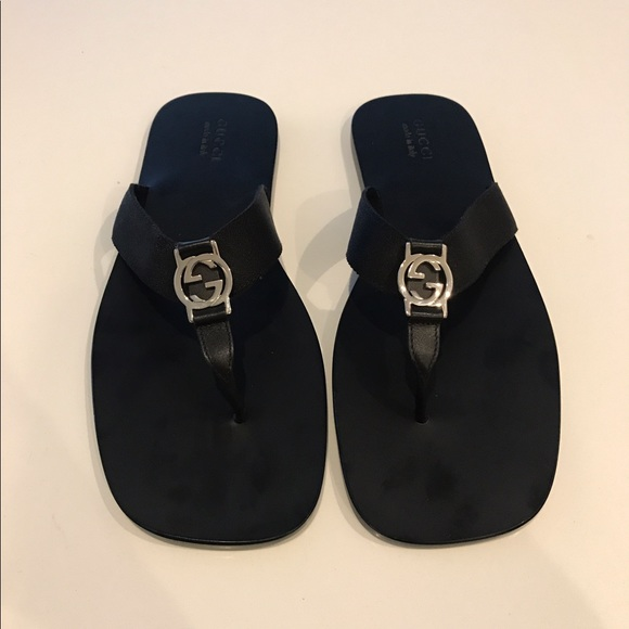 14d6ceaf595f18 Gucci Other - Men s Gucci Flip Flops