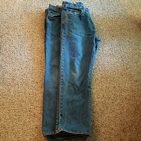 GAP Easy Fit Jeans. These jeans are very rugged and great for many occasions. They have a relaxed fit to them. There is fading on the legs and seat. There are five pockets, two hand, MENS GAP JEANS, SZ 33 X 32 EASY FIT. $ 0 bids. MENS GAP JEANS EASY FIT SZ 33 x 32 PREOWNED GREAT CONDITION. NWT MEN GAP EASY FIT JEANS 28 x