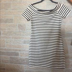 Zara striped mini ☀️