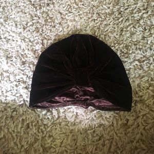 Accessories - Awesome Burgundy Velvet Hat