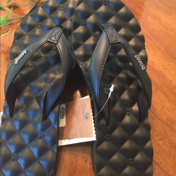 a90ea9c54b5a Reef Dreams Sandals