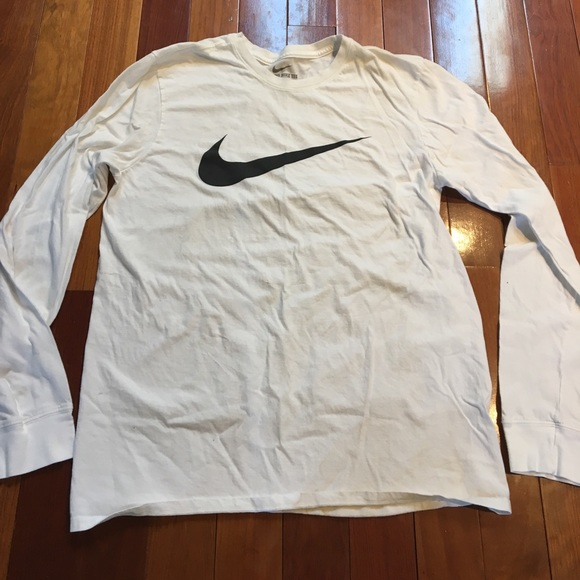 84 off nike other men 39 s athletic cut nike tee cheap for Mens athletic cut shirts
