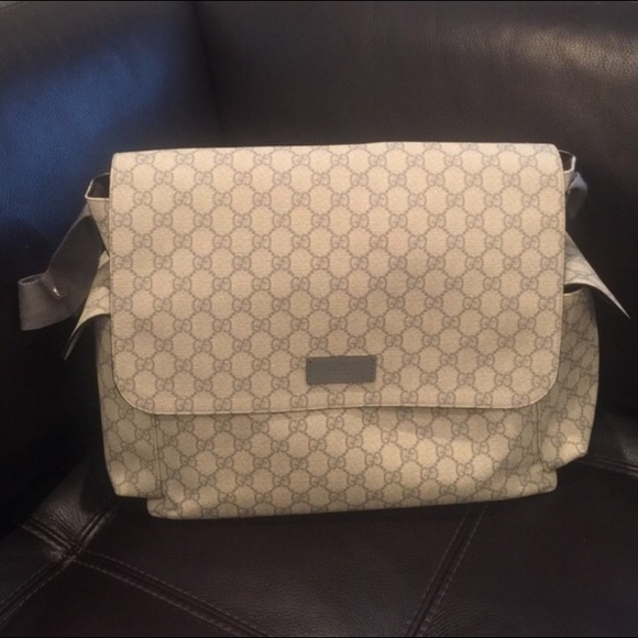 08f8de2b089 Gucci Other - 💕ONE DAY SALE💕Gucci messenger diaper bag
