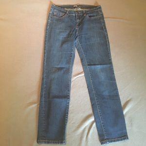 BDG cigarette jeans size 28