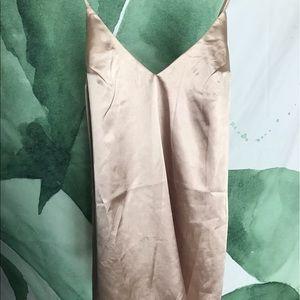 Dresses & Skirts - Trendy silk dress