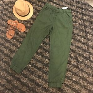 J.CREW Seaside pant! NWT Size 2 and sold out!