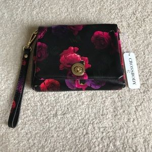 Beautiful Wristlet/Crossbody purse