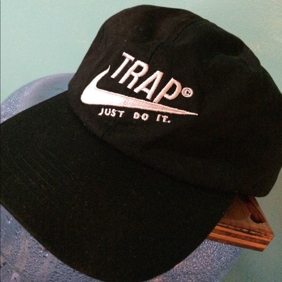 147cde29814 NWOT Nike Dri Fit TRAP Just do it Hat