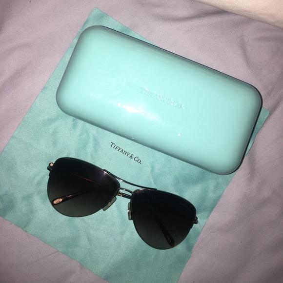 24b9d1a2da5 Tiffany   Co aviator sunglasses. M 5964327beaf030ad280e481f. Other  Accessories ...