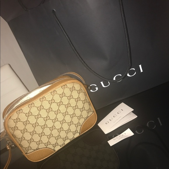 10e907ecac7648 Gucci Bags | Authentic New Bree Crossbody | Poshmark