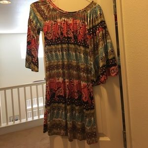 Tops - NWT patterned tunic