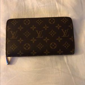 Handbags - Louis Vuitton Wallet