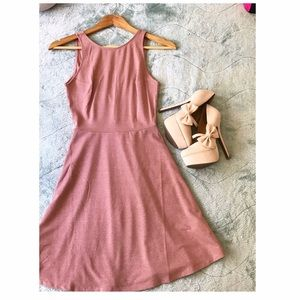 💓H&M Open Back Skater Dress 🎀