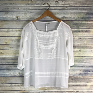 LC Lauren Conrad White Beaded Embroidered Blouse