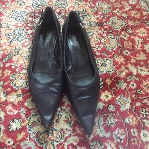 Pointy toe black flats from Banana Republic