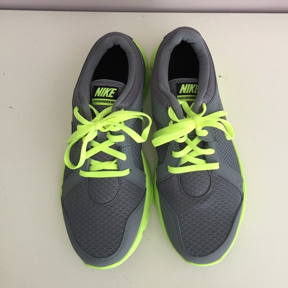 huge selection of 778b2 c849e boys nike grey and green shoes blue sneakers