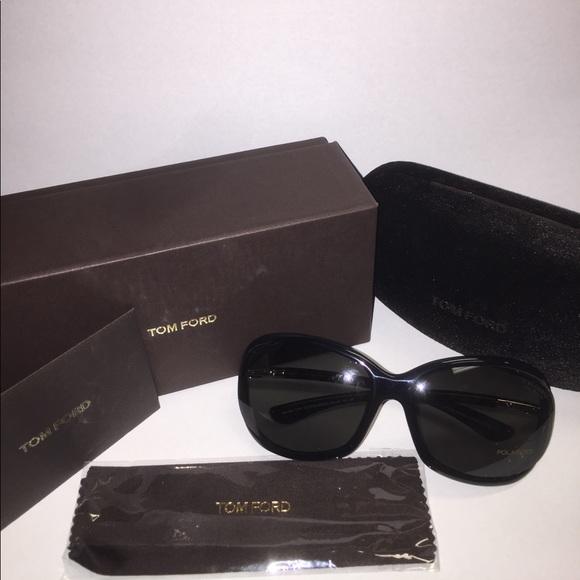 fa3b08a32b93 Tom Ford Polarized Jennifer Sunglasses