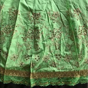 Gorgeous Green and Gold Express Skirt