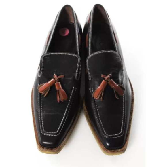 Tod's Other - TODS LEATHER CONTRAST STITCH TASSEL LOAFERS SZ 5.5