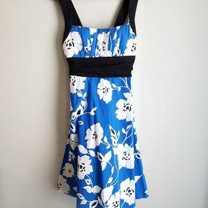 Dresses & Skirts - 🌺Floral Sundress Blue White Black NWOT