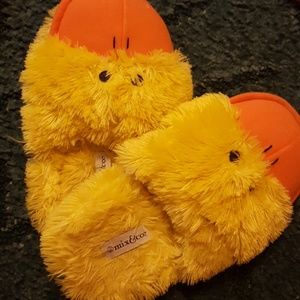 Shoes - Cute duck slippers