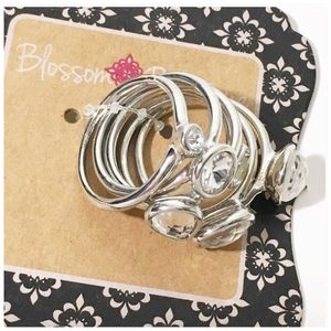 Jewelry - Set of 6 Silver Toned Rings