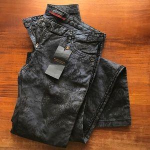 Madison Scotch Feather Print jean