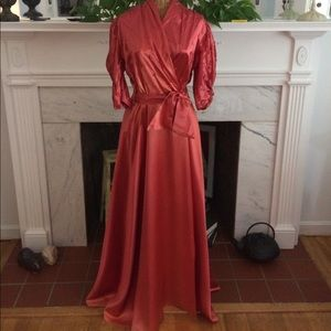 Other - Vintage 1940's Glamorous Satin Dressing Gown S