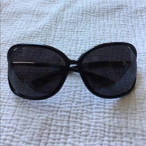 Tom Ford Raquel 63mm Open Side Sunglasses Black