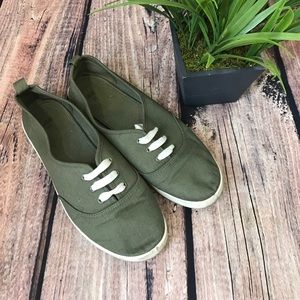 H&M lace up flats olive green shoes