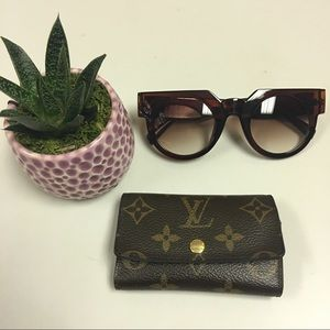 Accessories - Perfect Sunnies