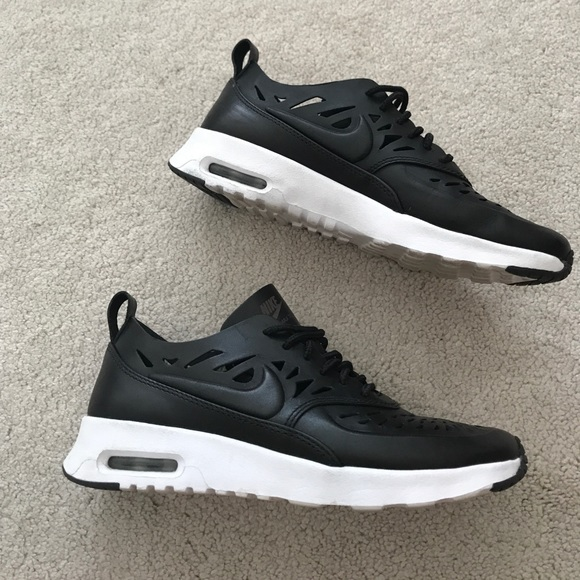 nike nike air max thea joli black from viola 39 s closet. Black Bedroom Furniture Sets. Home Design Ideas