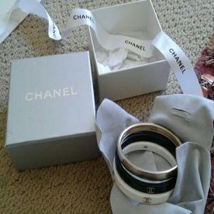 CHANEL Jewelry - CHANEL Black, white, gold bracelets