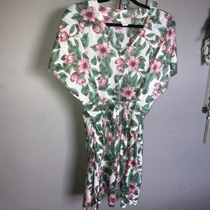 **NWOT** Floral swim cover up.  