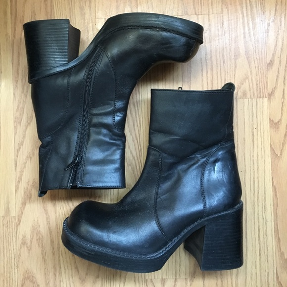 Vintage Shoes - 🌹 Vintage Chunky Boots 🌹