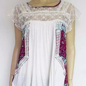 NWT Boho Style Floral Lace Top
